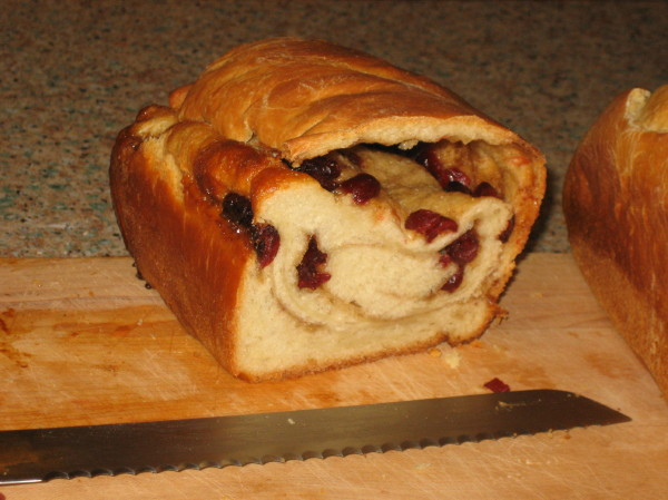 droopy cranberry cinnamon swirl