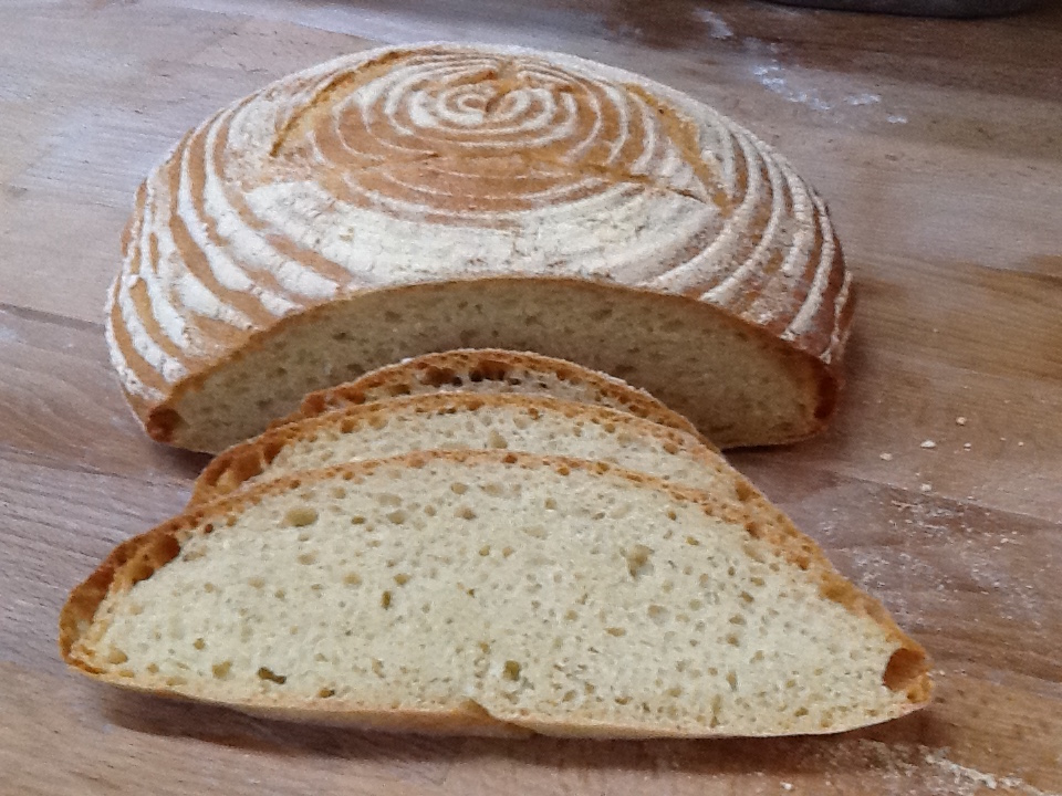 Pane di Altamura -- cut open