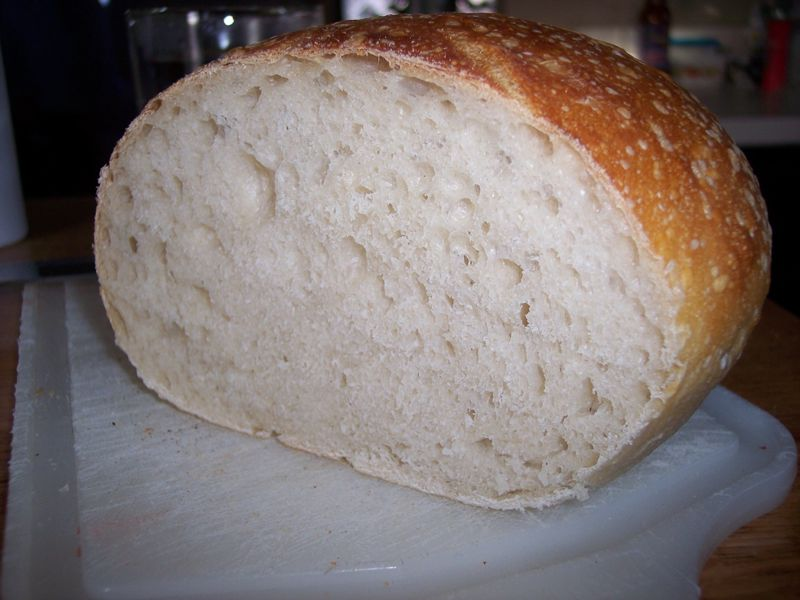 Same Boule, sliced open..