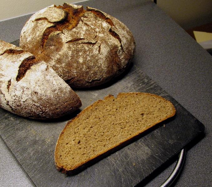 80% rye with rye flour soaker crumb