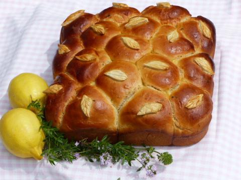 Easy tear and share bread recipe
