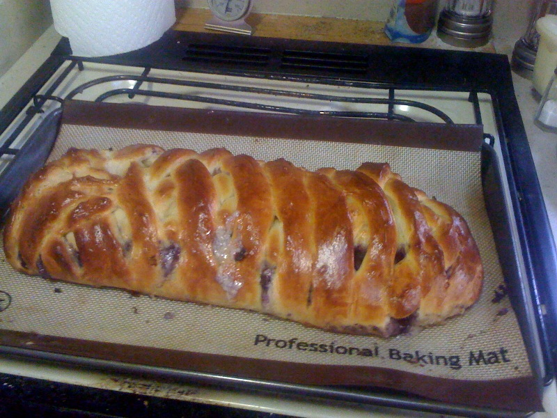 Blueberry cheese braid
