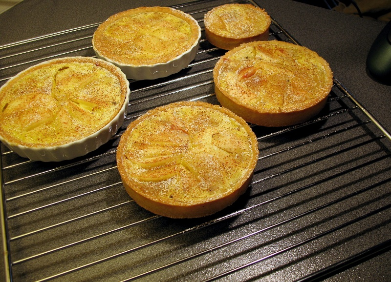 ... apple tart studies with some pleasantly autumn-tasting Calvados apple