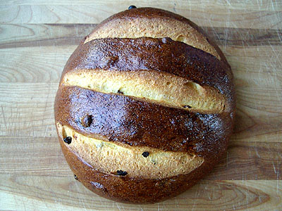 corn raisin artisan bread